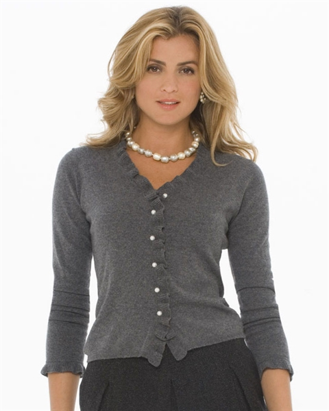 Cashmere sweater – fashion creations made of the finest wool