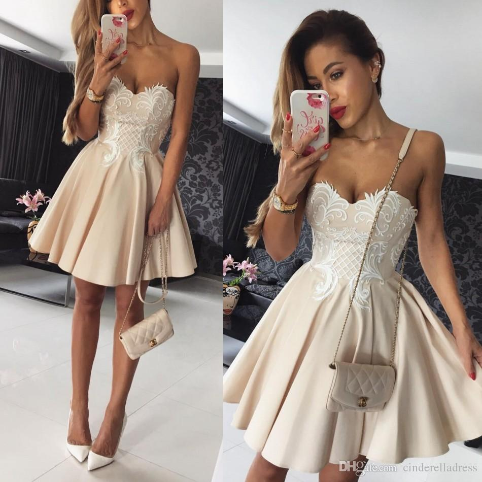 Dress for the graduation 2018 short graduation dresses sweetheart a line satin champagne with white  lace applique XIEBGOV
