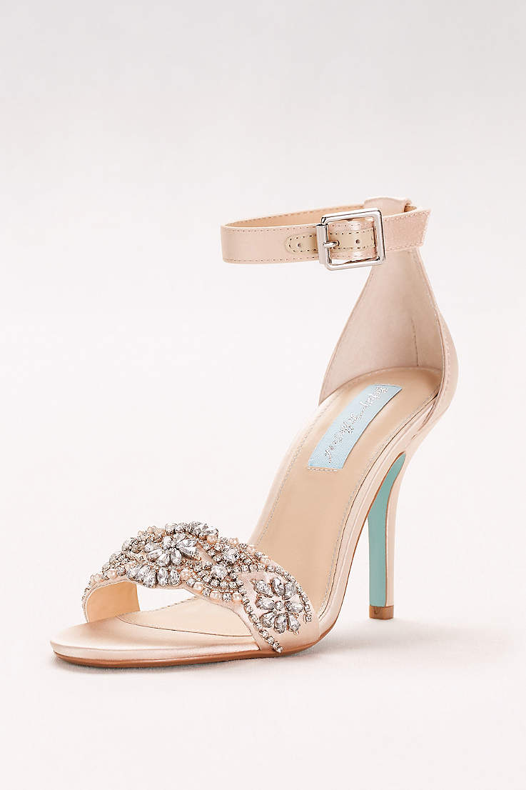 Elegant and beautiful evening shoes for you