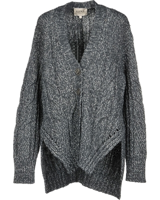 Fine cardigans – must not be missing in any women's wardrobe