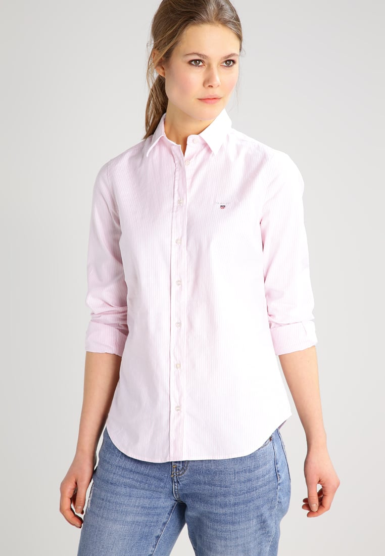 Create great business styles with a GANT blouse