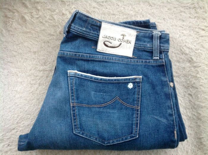 JACOB COHEN JEANS jacob cohen - jeans- limited edition-hand made- as new. CBCBOYP
