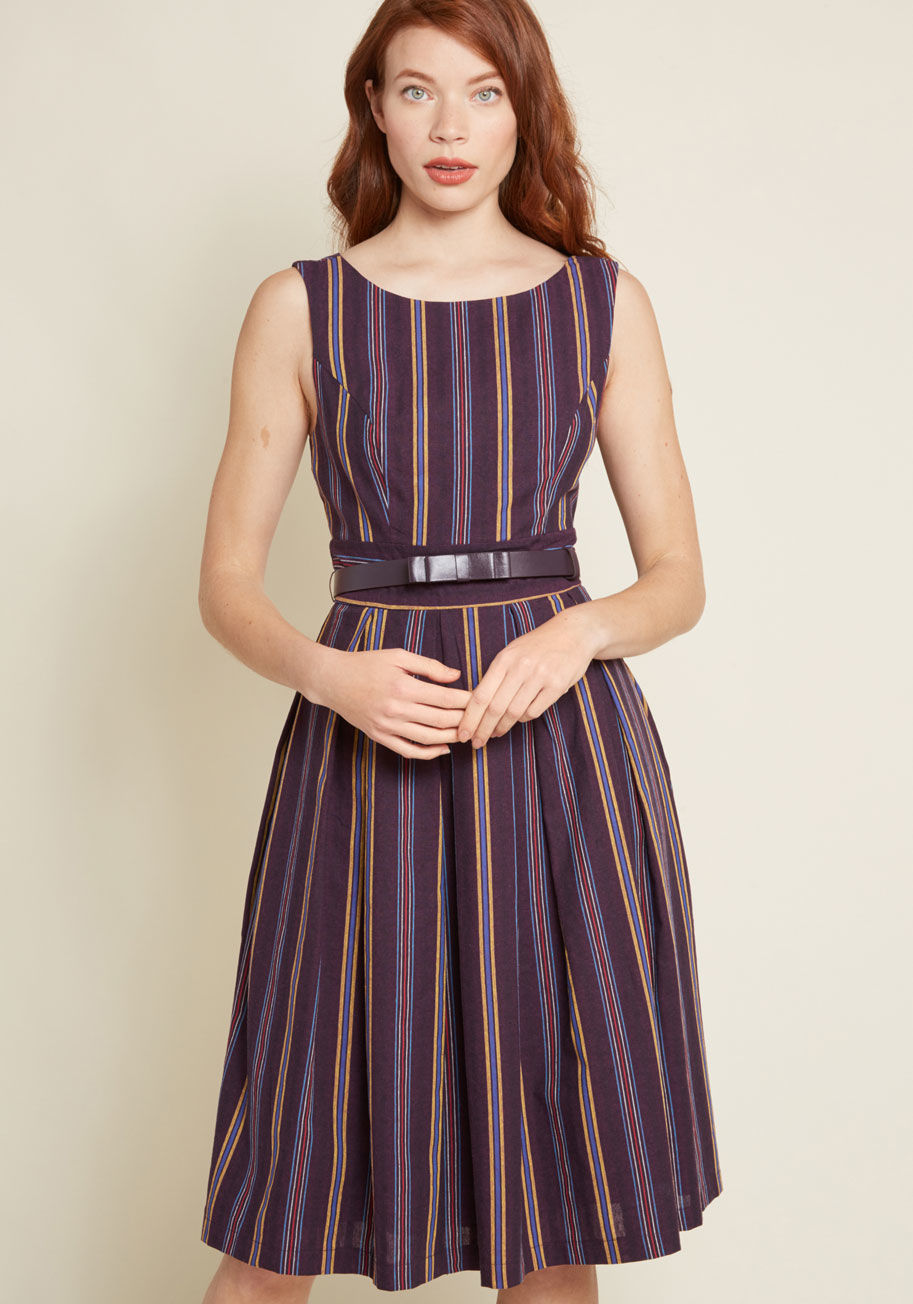 The pleated dress – for leisure or the evening