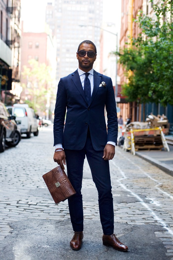 shoes to wear suit q and answer: what color shoes should i wear with a navy suit? WORZTFD