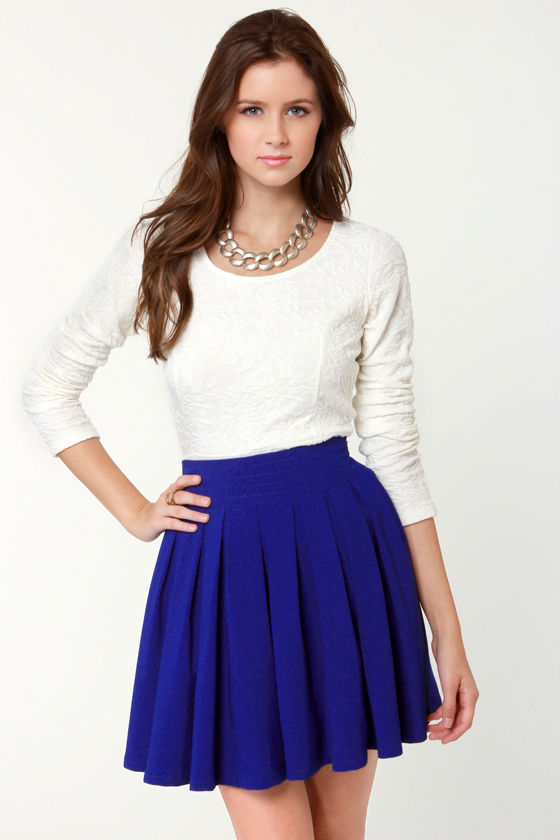 Blue skirts: wearable in everyday life as well as at the party
