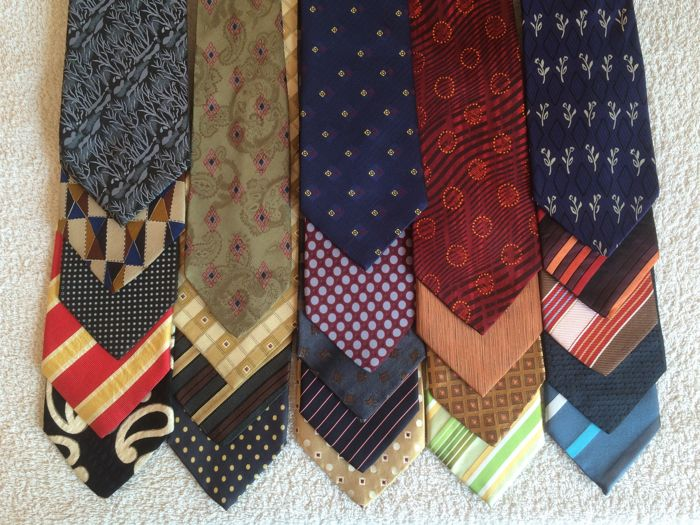 Lot of 23 Hugo Boss Ties, 100% Silk - Ties