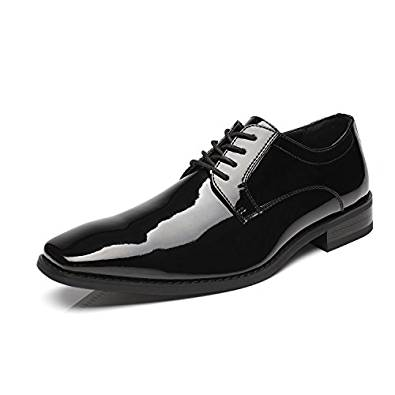 The dress shoe in trendy variants