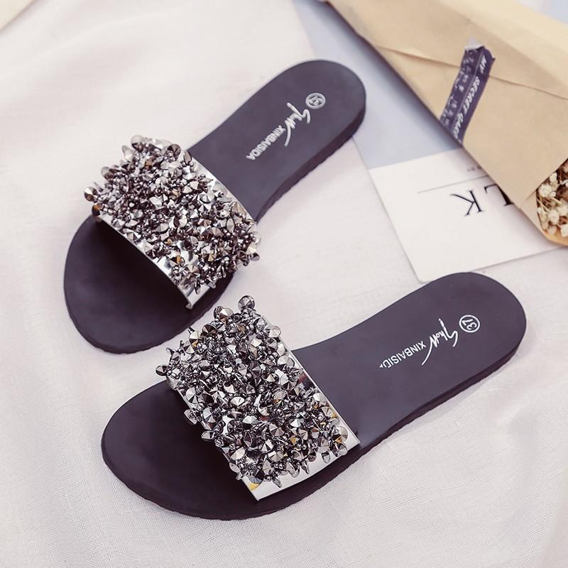 Silver Rhinestone Slippers Women Slides Summer Beach Fashion 2018 Sandals  Rivet Casual Flats Ladies Shoes Sandals Shiny Ankle Boots Slippers From  Pinkvvv, ...