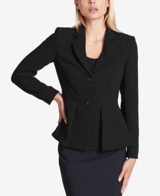 The blazer with peplum for the office or leisure