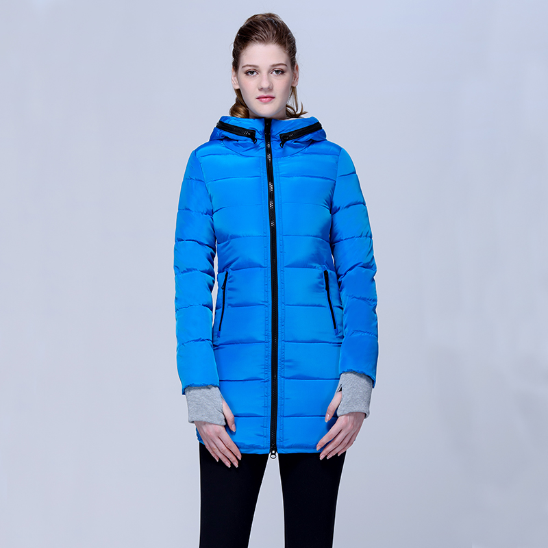 A parka in blue – the classic in a new color