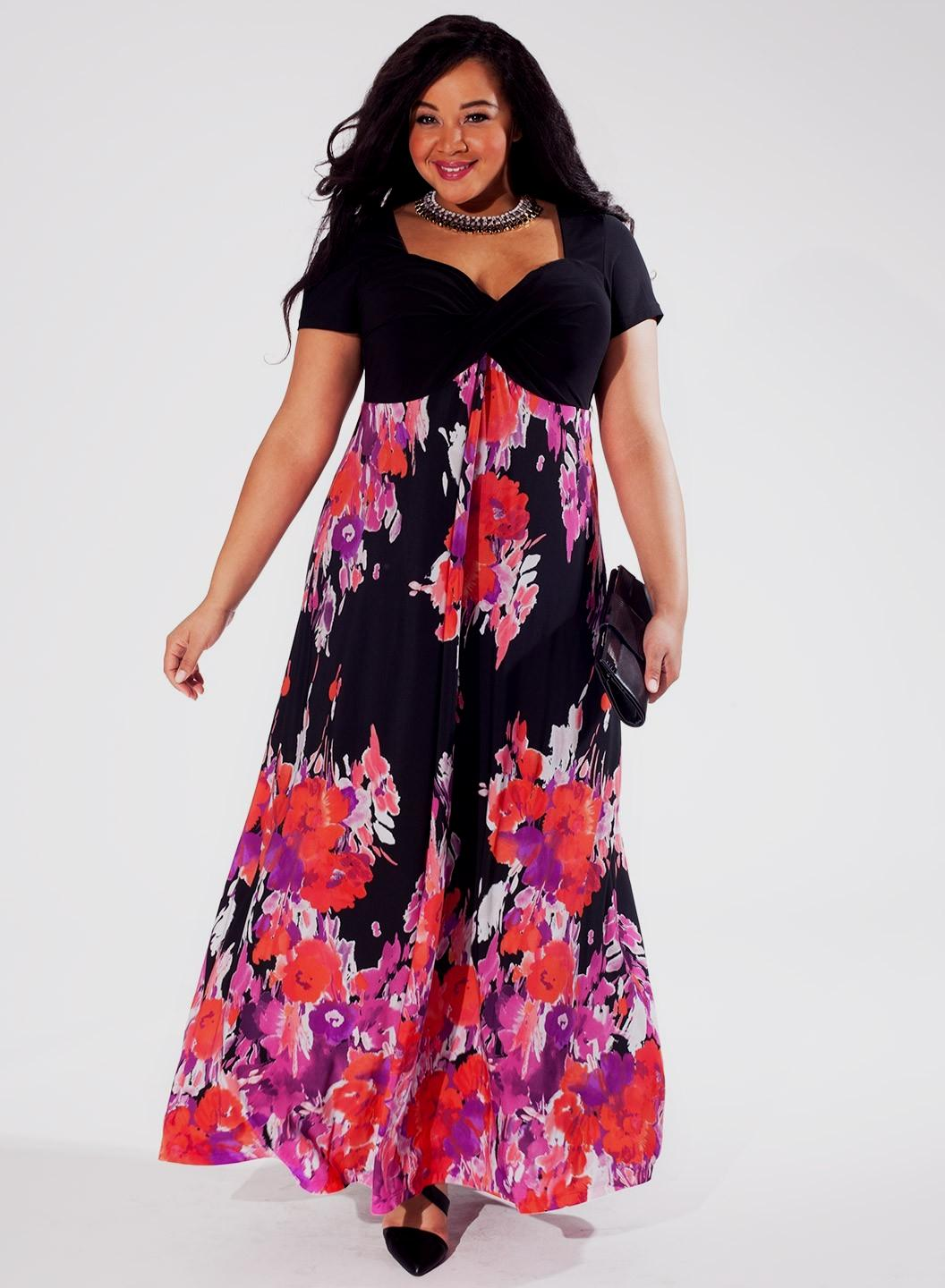 Beautiful-Plus-Size-Maxi-Dresses-in-Sizes-12-