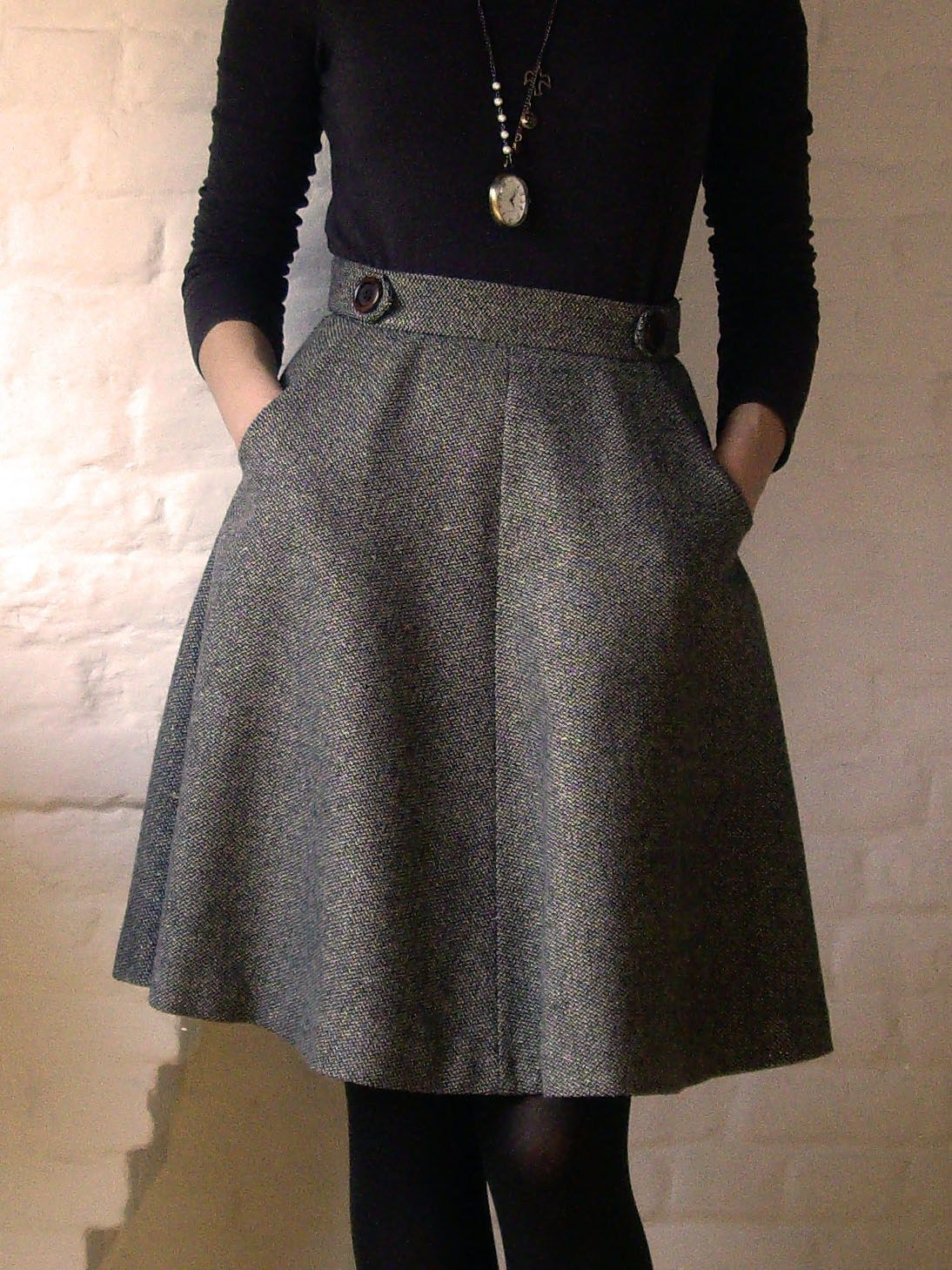 Hollyburn skirt patter: high waisted a-line knee length skirt, classic yet  easy to customize