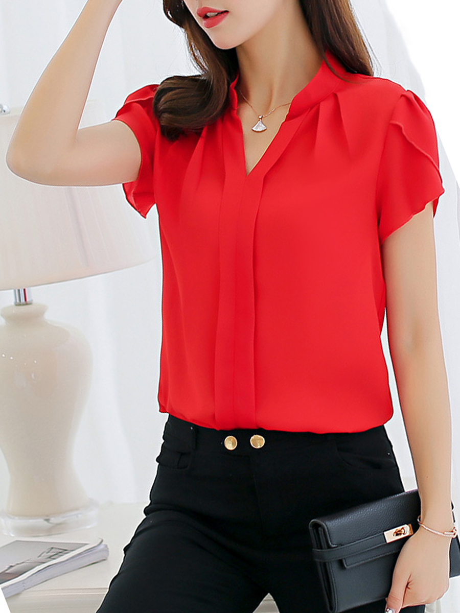 So wear the short-sleeved blouse in the office and leisure
