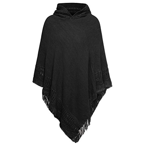 Black Ponchos: comfortable and chic in any weather