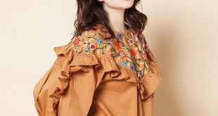 Nanaco Pleated Sleeve Women Long Sleeve Embroidered Blouse Female