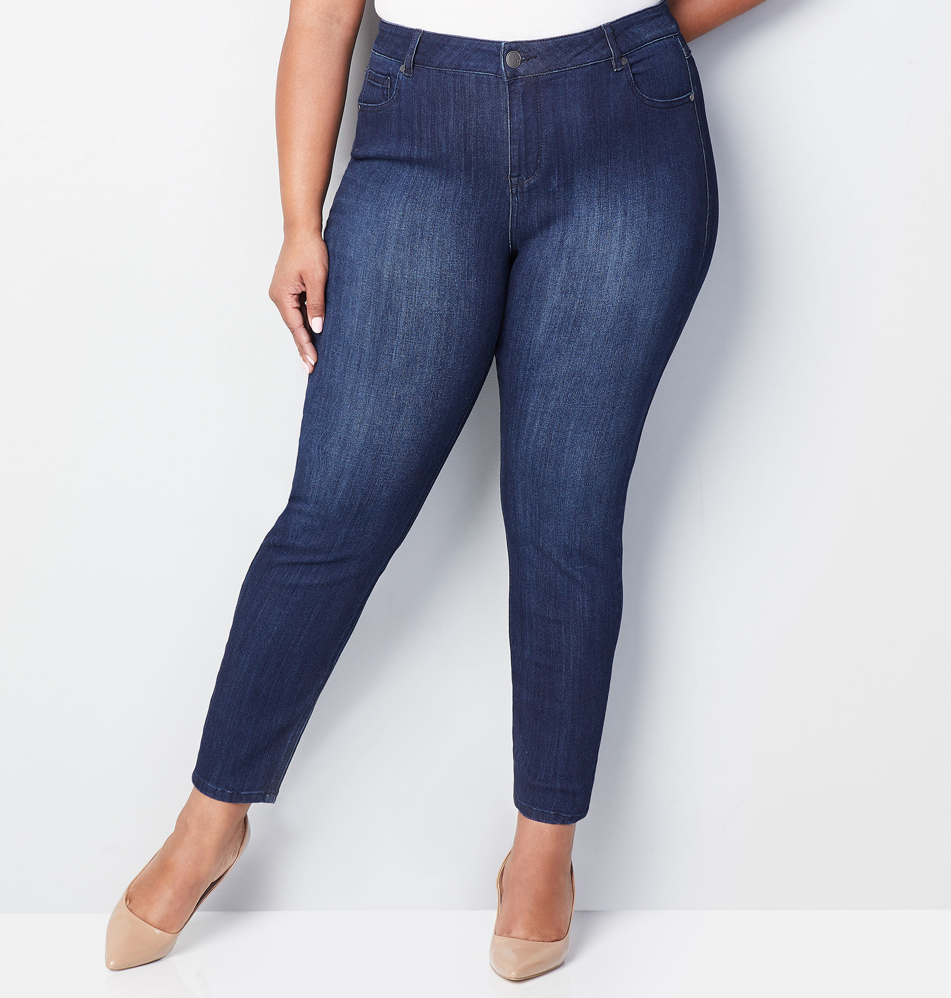 Shop Women's Plus Size Stretch Jeans 14-32| Avenue.com