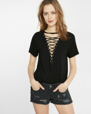 Lace-up Front Girlfriend Tee | Express