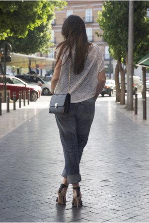 Menbur Bag - How to Wear and Where to Buy | Chictopia