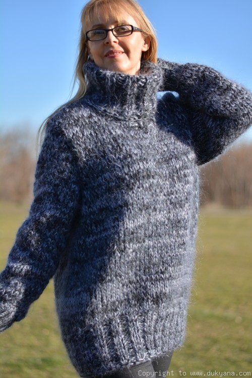 Mens thick mohair sweater in gray mix/TM62
