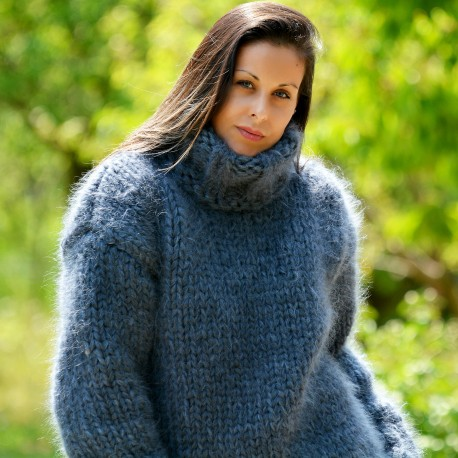 Thick 10 strands dark gray hand knit mohair sweater by Extravagantza