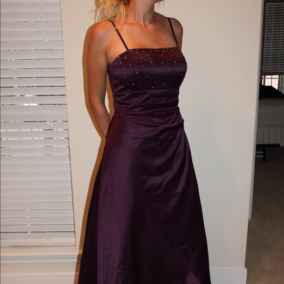 Niente Dresses | Evening Gown | Poshmark