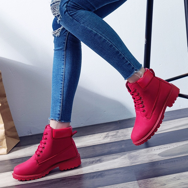 2018 Women's Winter Fur Shoes Brand Martin Boots Women Cute red