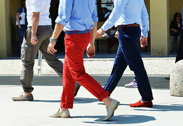 Your Guide on How to Wear Red Trousers