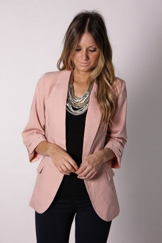 blazer and statement necklace | Cool Clothes-Ideas! in 2019