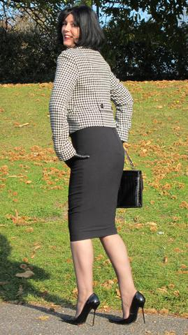 About RoSa Shoes u2013 The Little Black Hobble Skirt