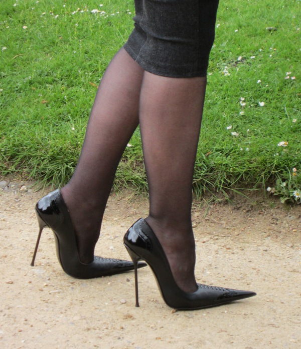 Why Pointed Stilettos? - Stiletto High Heels by RoSa Shoes