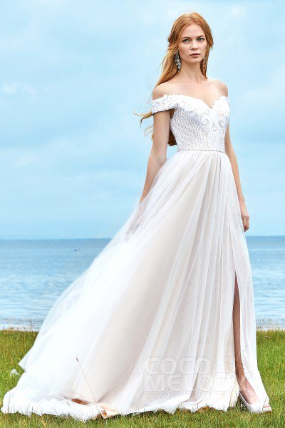 Wedding dresses that fit your style and budget! | Cocomelody