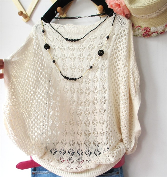 Ms.Lai loose blouse hollow thin Sweaters summer outside the ride air