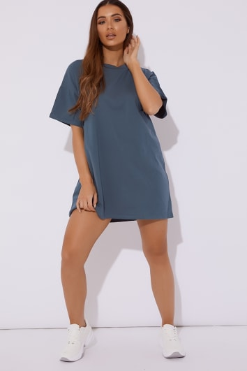 T Shirt Dresses | Oversized Slogan Dresses | In The Style