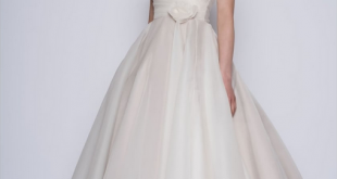 What to Wear for a Registry Office Wedding   Cutting Edge Brides