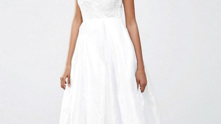 33 Wedding Dresses For The Registry Office | Bridetrendy.com